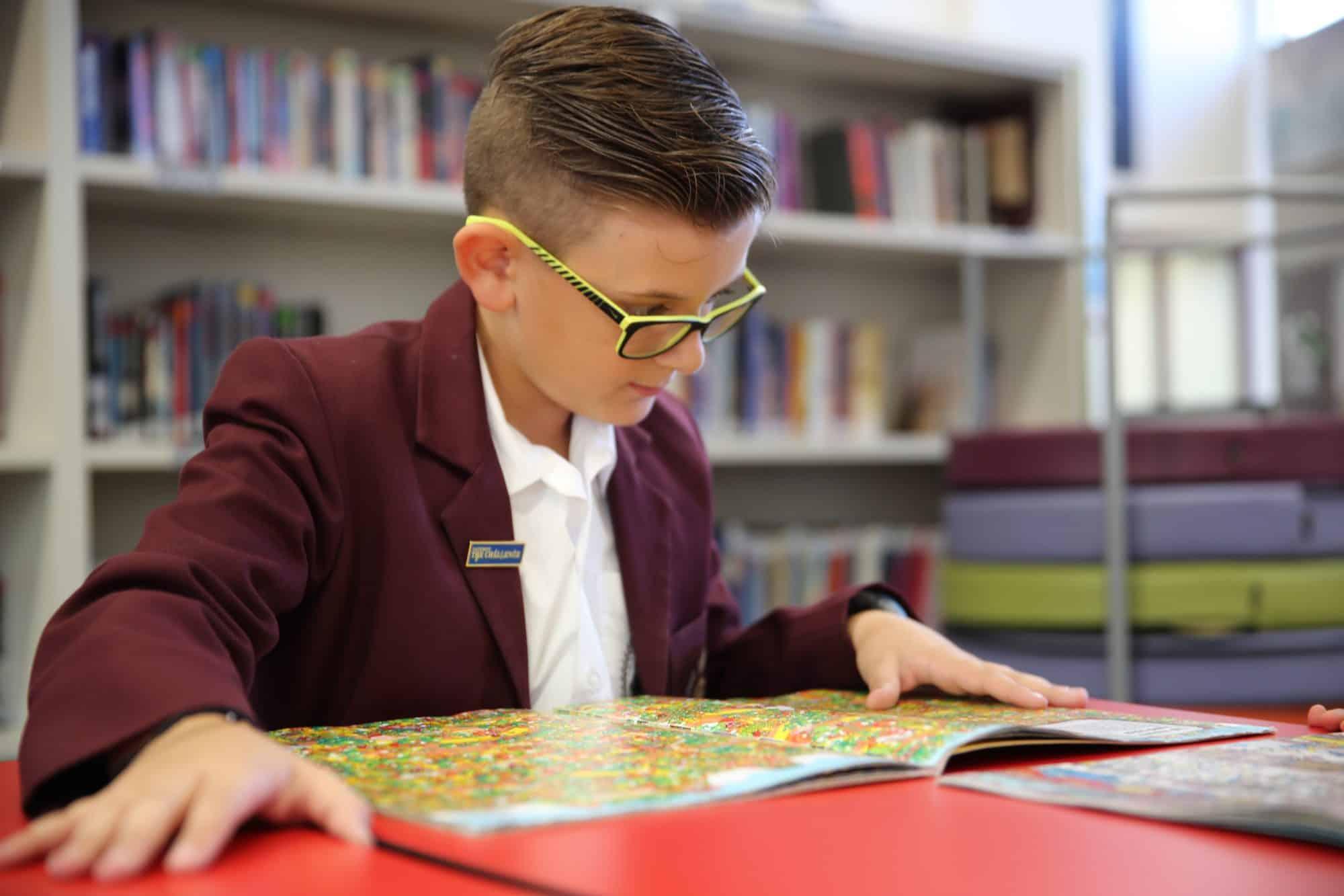 Junior School students in library Oakleigh Grammar