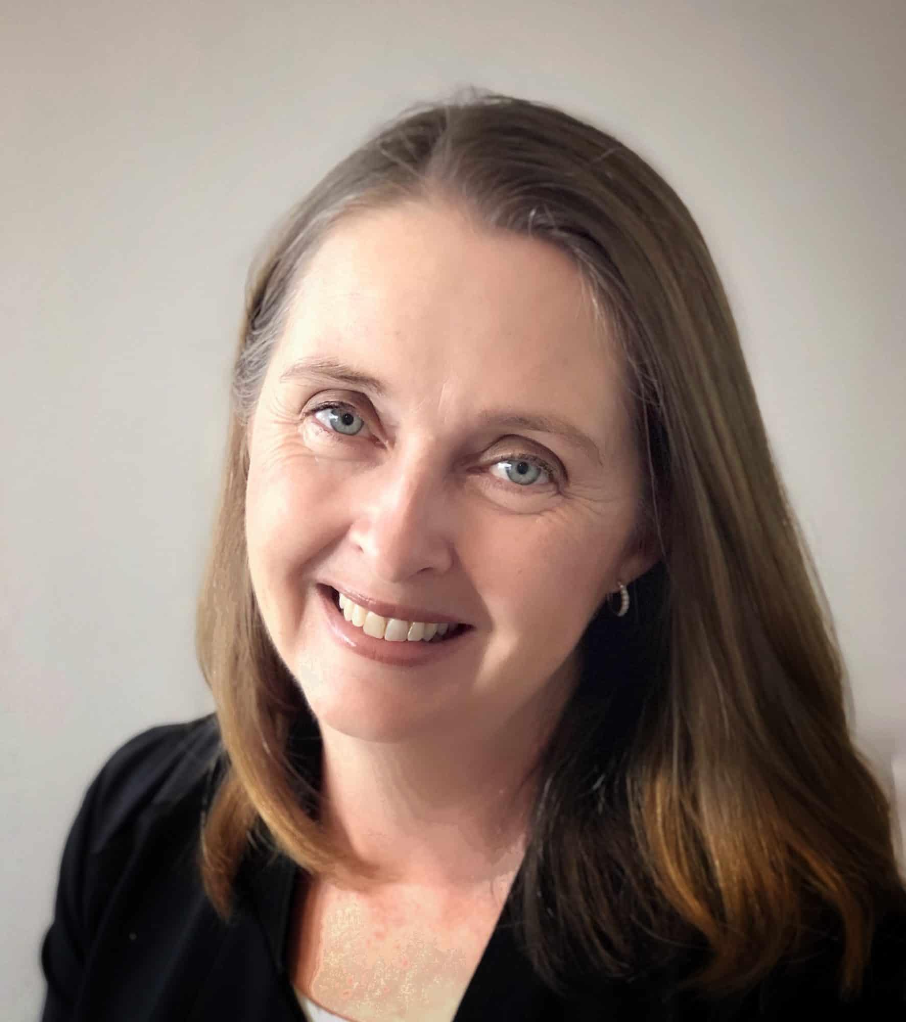 Anna Lewis Finance Manager Oakleigh Grammar